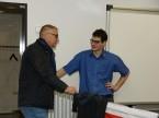 AGVS-Zentralvorstand  Dominique Kolly im Gespräch mit dem Experten Riet Bulfoni, der letztes Jahr die WorldSkills bestritten hat.
